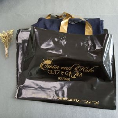 large plastic shopping bags with handles